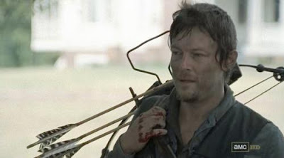 Daryl Dixon makes his own crossbow arrows
