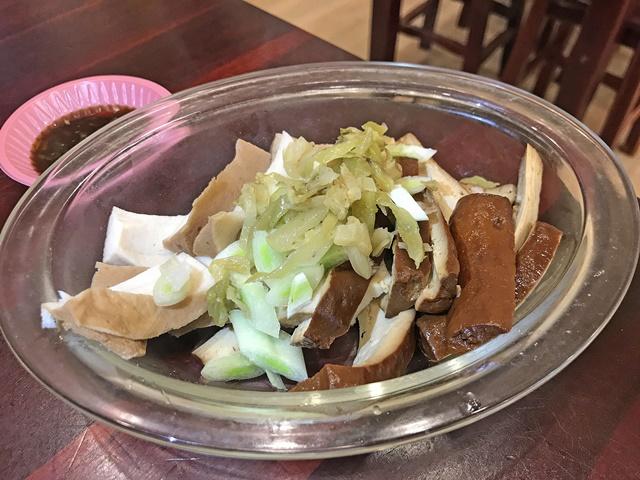 806素食便當.素排骨酥湯、南港素食、創意素食