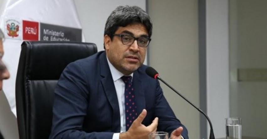 Ministro Educación Martín Benavides se presenta hoy ante el Congreso de la República