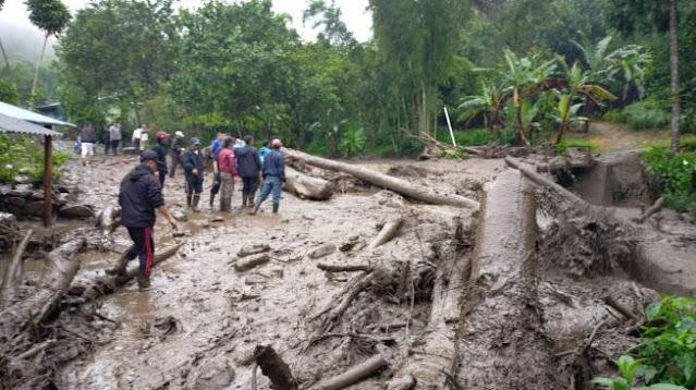 Ya Allah! Bencana Bertubi-tubi Terjang Indonesia, Banjir, Gempa dan Longsor