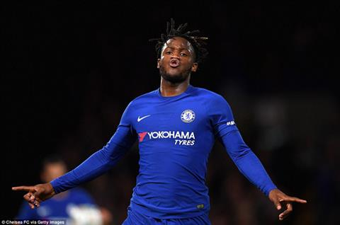 Nếu thiếu Batshuayi, Chelsea sẽ mất đi một trợ lý đắc lực.
