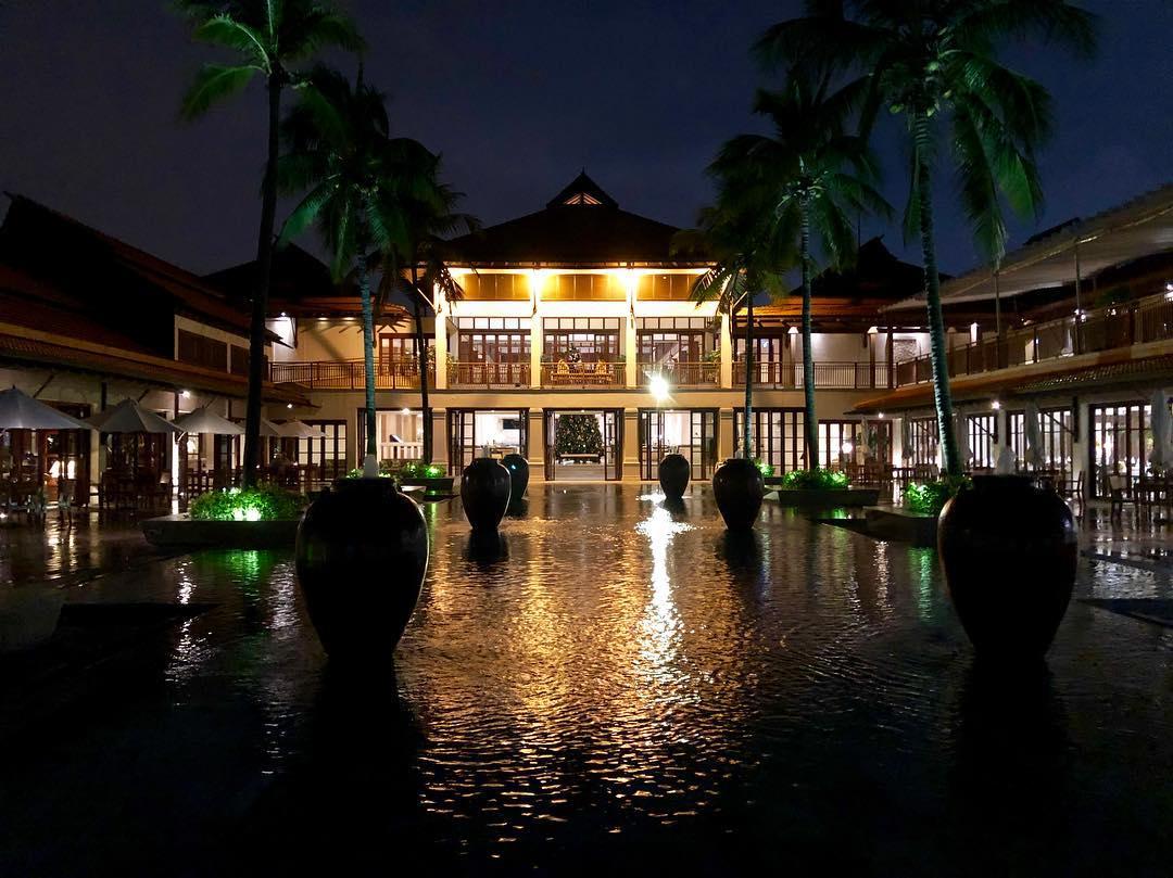 Song Seung Heon đến Furama Resort Đà Nẵng chụp ảnh tạp chí 1st Look