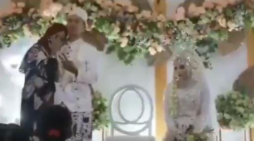 Video Viral, Tamu Wanita Foto Mesra Dengan Pengantin Pria
