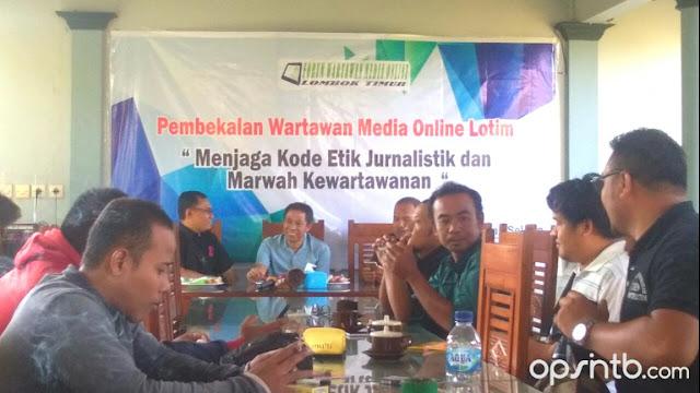 Jaga Marwah Kewartawanan, FWMO Lotim Gelar Pembekalan Wartawan Media Online