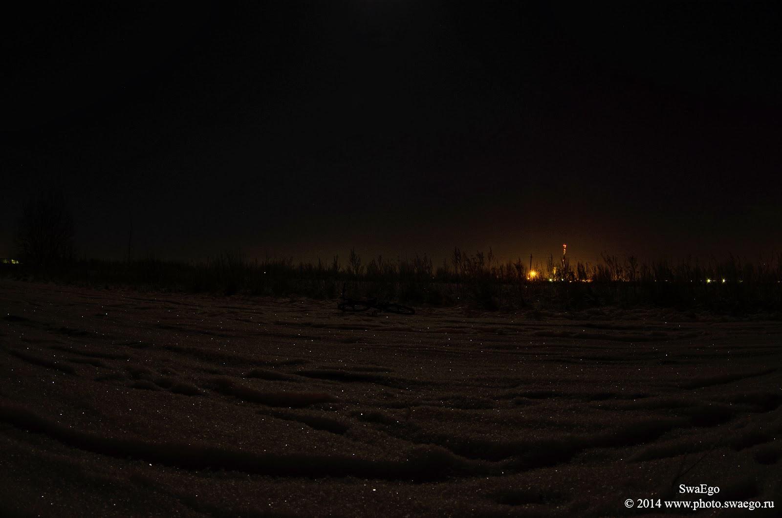 Зима, велосипед и луна