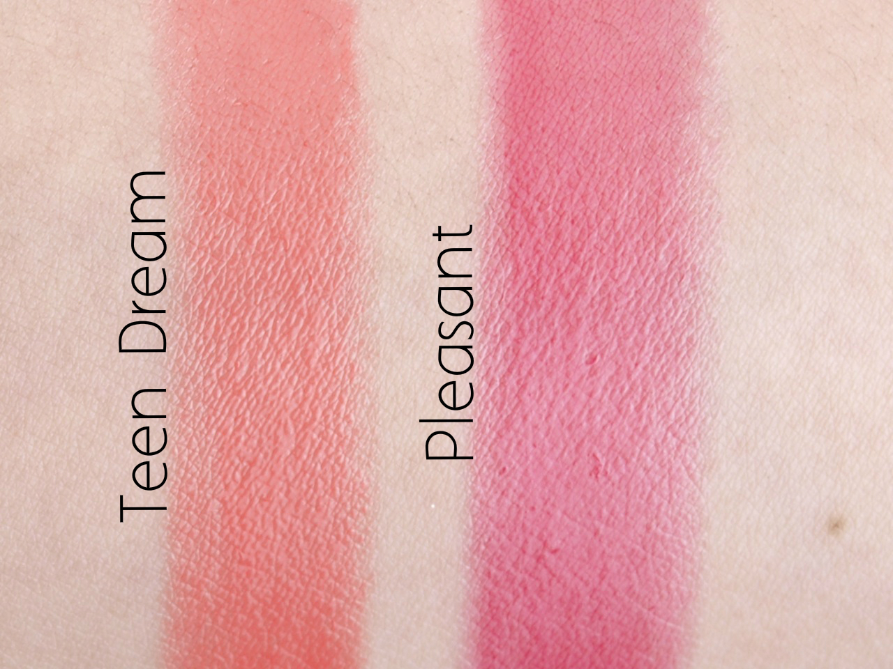 "MAC Patentpolish Lip Pencil in ""Teen Dream"" & ""Pleasant"": Review and Swatches"