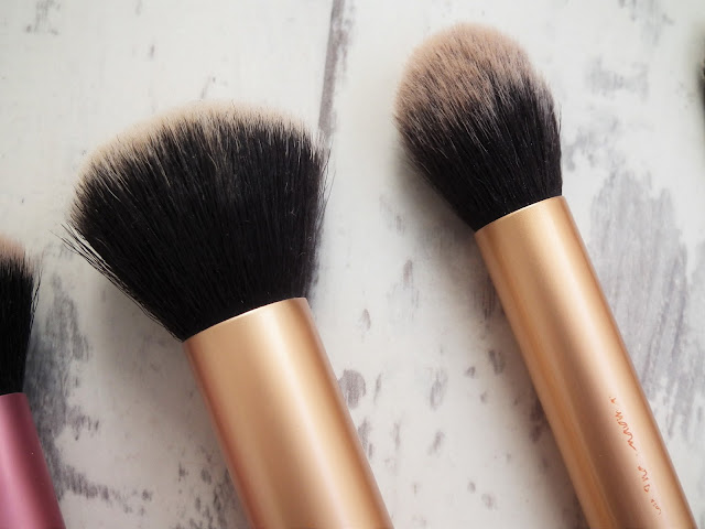 Real Techniques Buffing Brush Contour Brush