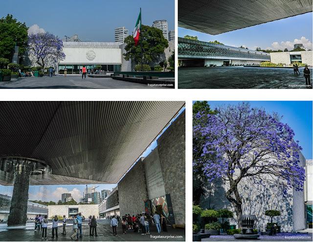 Edifício modernista do Museu Nacional de Antropologia do México