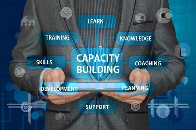 9 طرق لتحسين مهاراتك وكفاءاتك في التنمية الشخصية