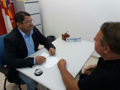 Vereador Augustinho cobra licitação da Dr. Lewerger