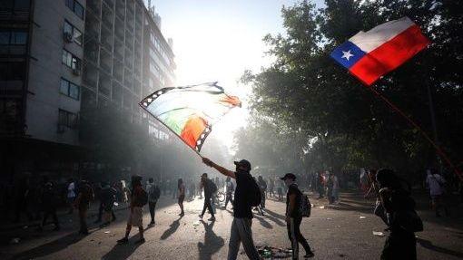 Piñera anuncia medidas que criminalizan las protestas en Chile
