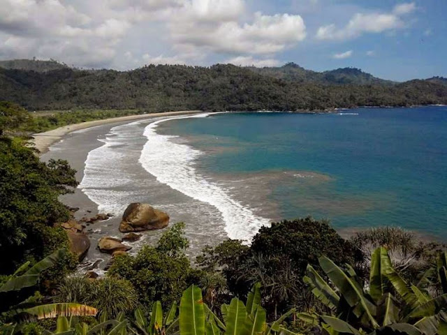 Pantai Lenggoksono, harga tiket masuk lenggoksono, pantai tirtoyudho, pantai kota malang