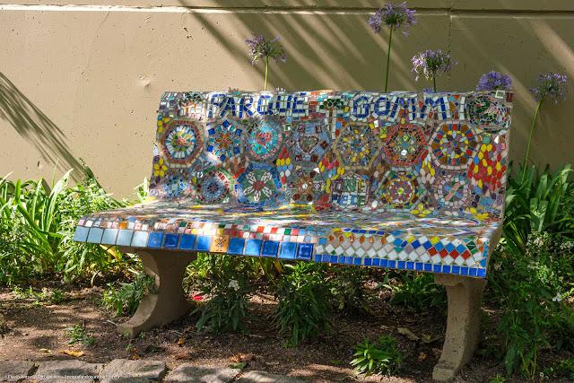 Mosaico no banco