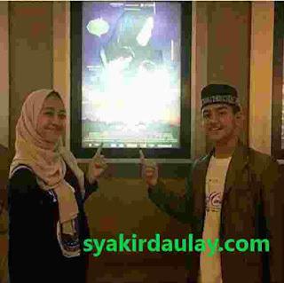 Lapan Foto Kedekatan Syakir Daulay dan Keluarga Adiba
