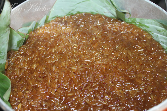 Kuih Wajik aka Nasi Manis Durian Buat Tetamu Istimewa Nur Qaseh