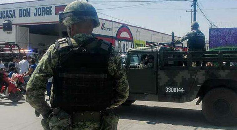 Sicarios ejecutan a una familia entera incluyendo un menor en Guanajuato
