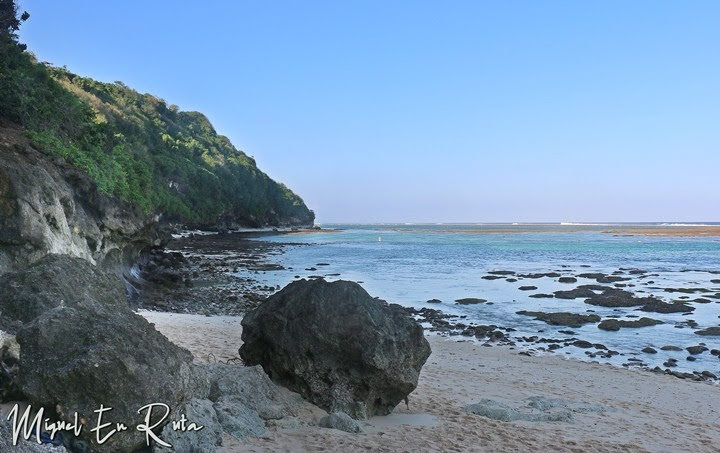 Calas-Green-Bowl-Beach