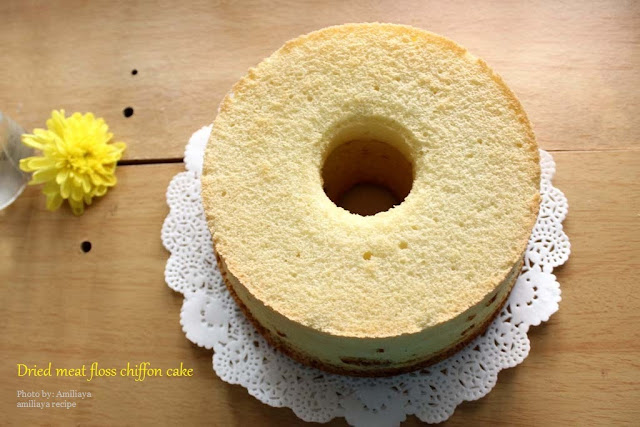 Dried meat floss chiffon cake