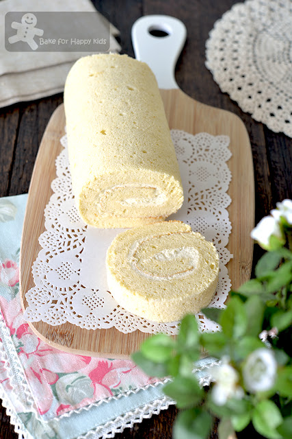 extra thick cottony soft basic Asian Swiss roll