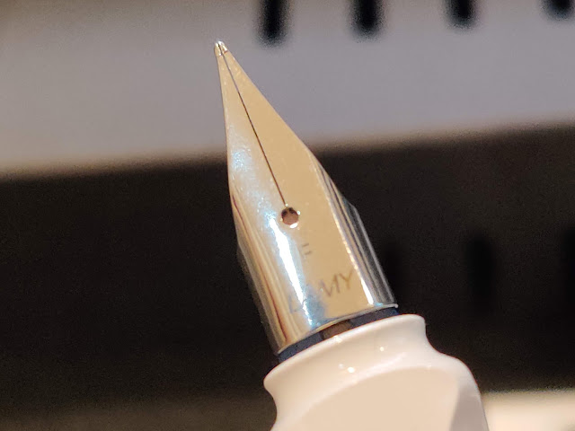 lamy safari 筆頭