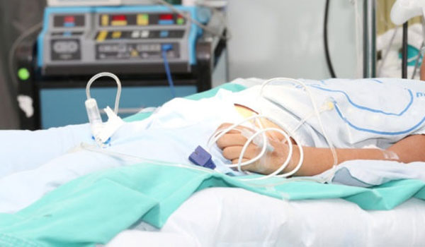 Μαθητής κατάληψης στο νοσοκομείο από μέθη - Στον εισαγγελέα ο πατέρας του