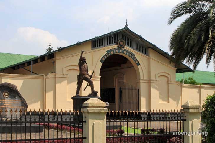 monumen dan museum peta bogor