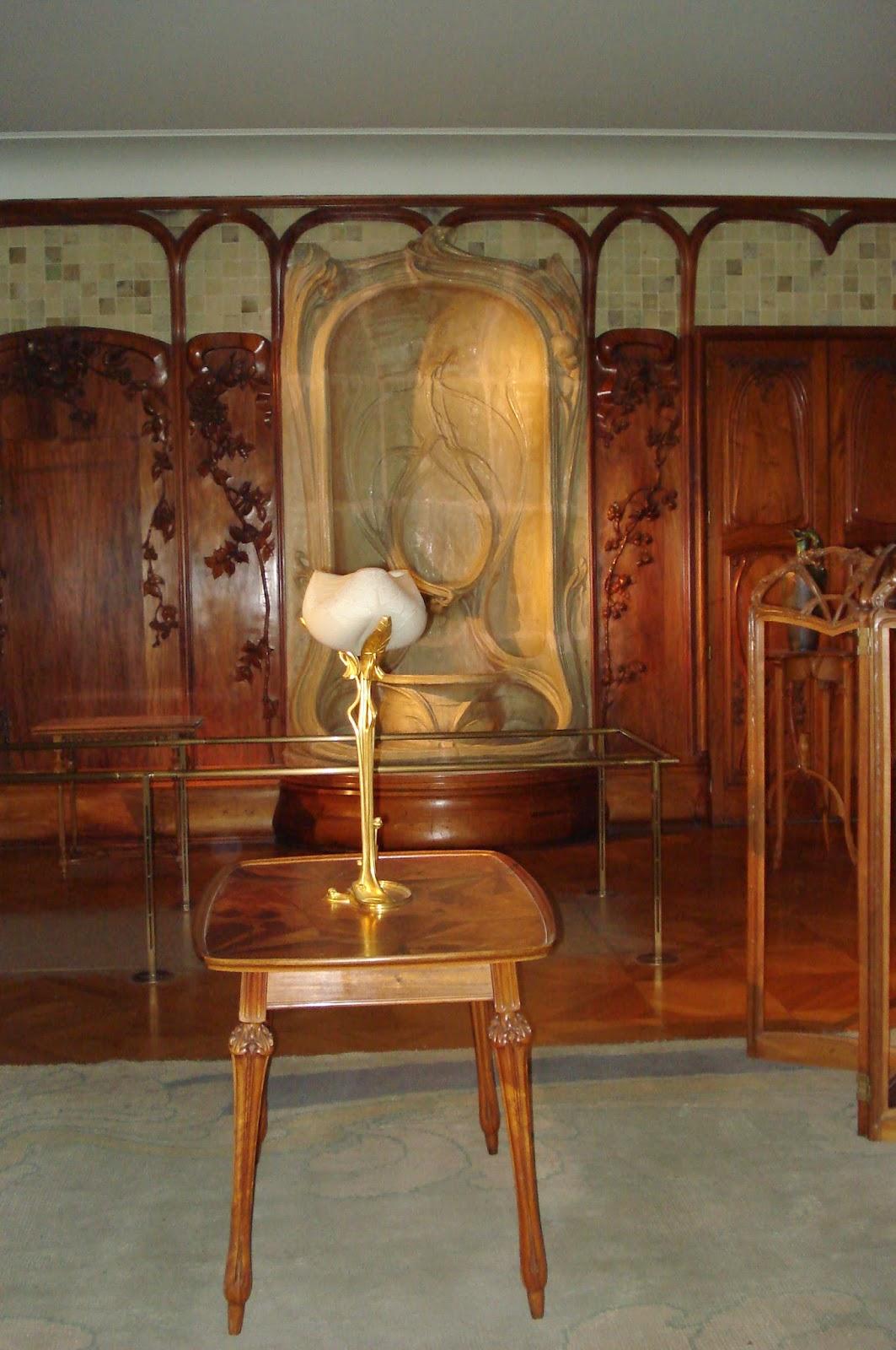 paris on th me l 39 art nouveau travers les arts d coratifs o voir de l 39 art nouveau paris. Black Bedroom Furniture Sets. Home Design Ideas