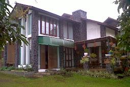 Villa Istana Bunga disewakan