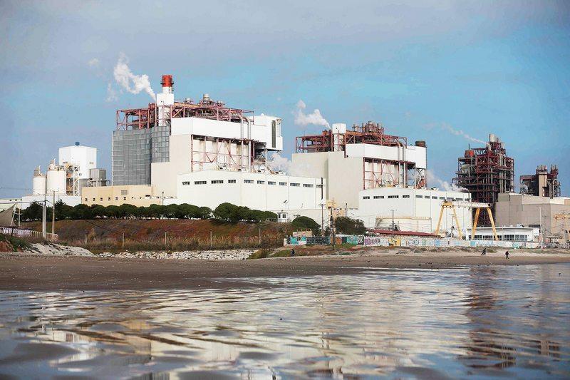 Ministro de Energía explica por qué se adelantó el cierre de cuatro termoeléctricas en el país