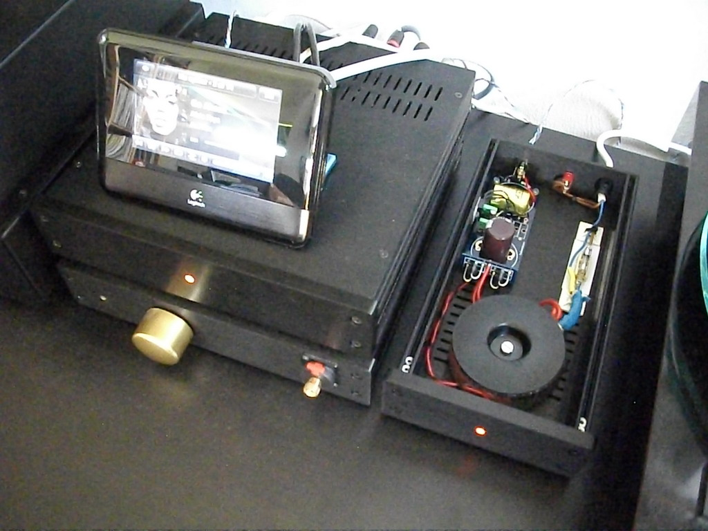 Jan Bak Madsen: Another linear PSU for Squeezebox