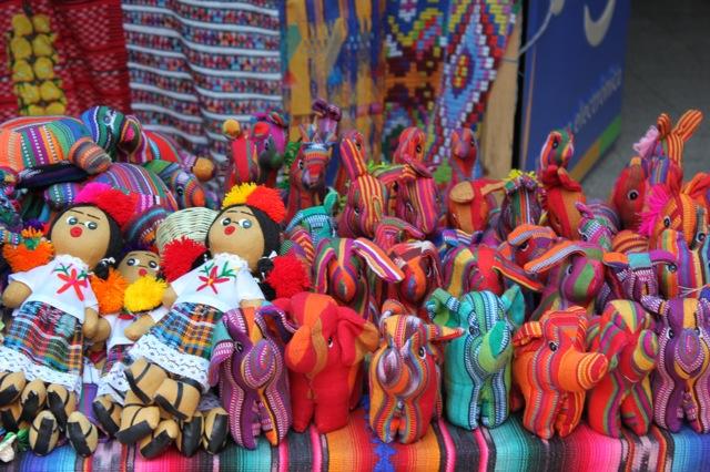 Lolovie Crafts Of Guatemala