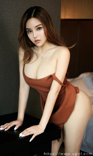 Hot and sexy big boobs photos of beautiful busty asian hottie chick Chinese booty model Xiao Yuan Yan photo highlights on Pinays Finest sexy nude photo collection site.