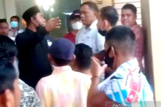 Tegas! Warga Aceh Langsung Usir 39 TKA China yang Tak Bawa Visa Kerja