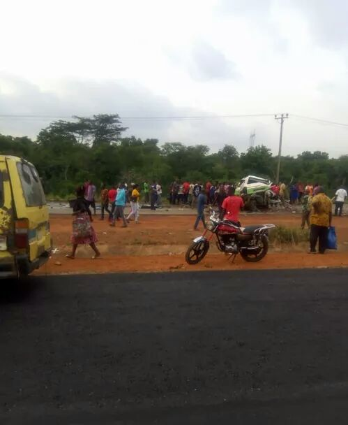Photos: Several passengers killed in fatal accident along Enugu-Onitsha Expressway