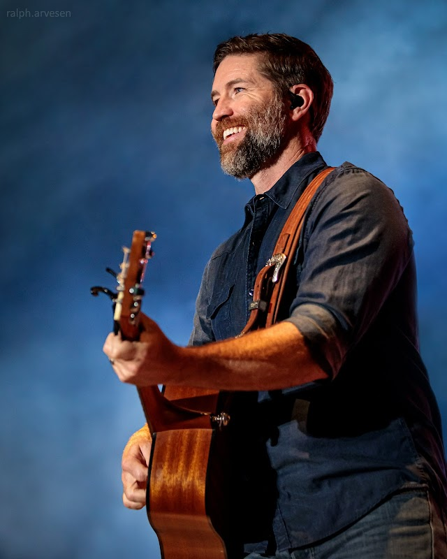 Josh Turner performing at the Nutty Brown Amphitheatre in Austin, Texas