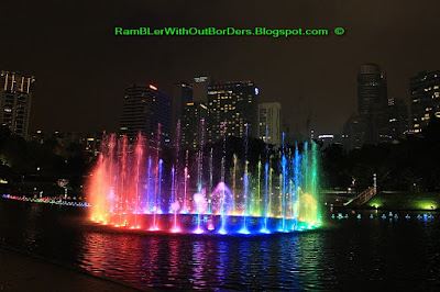 Fountain Light show, Petronas Twin Tower, Suria KLCC, KL, Malaysia