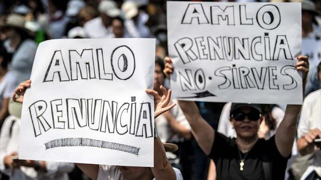 Miles de mexicanos piden renuncia de López Obrador