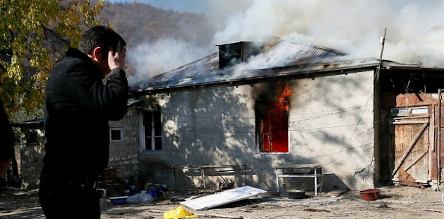 Tak Rela Diambil Alih Azerbaijan, Warga Bakar Rumah Massal Sebelum Tinggalkan Nagorno-Karabakh