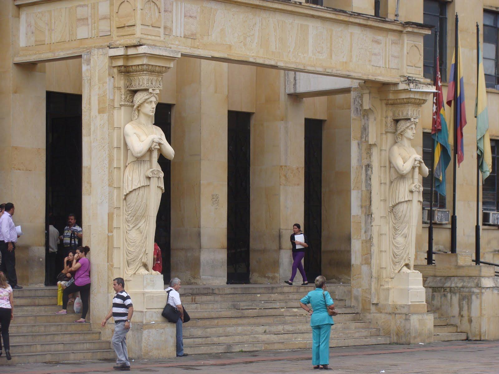 Lectores Comelibros 05 09 13 # Muebles Silva Bucaramanga