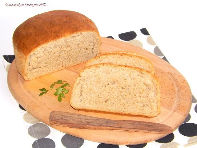 Chleb pszenno - żytni z otrębami owsianymi.