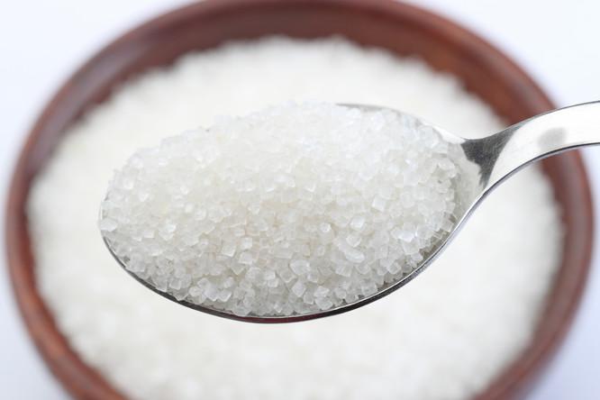 زيادة سعر كيلو السكر على البطاقة التموينية الى 7 جنيهات, وفارق نقاط الخبز المجانية , اسباب قرار وزير التموين بزيادة سعر السكر