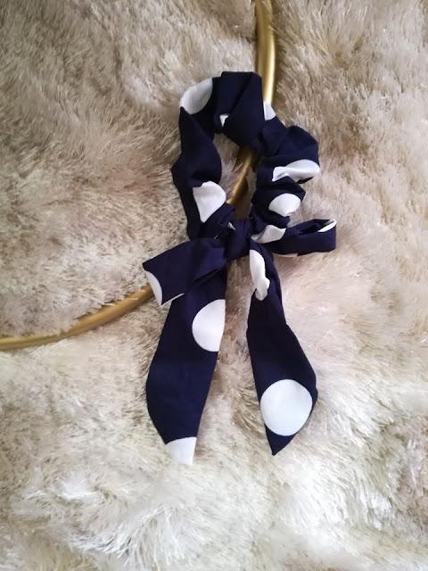 elástico de cabelo com laço scrunchie bow comprar online