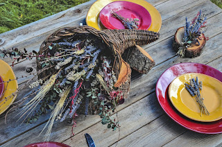 How to Create Thanksgiving Table Arrangements