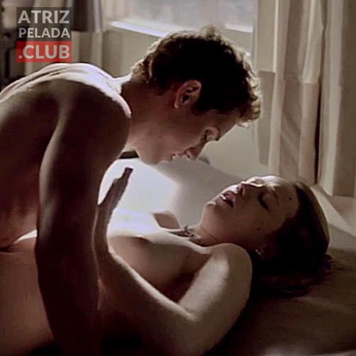 """Malu Rodrigues nua em cena de sexo no filme """"Confissões de Adolescente"""""""