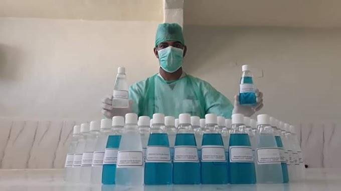 Enfermeros saharauis fabrican gel desinfectante para prevenir el contagio del Coronavirus