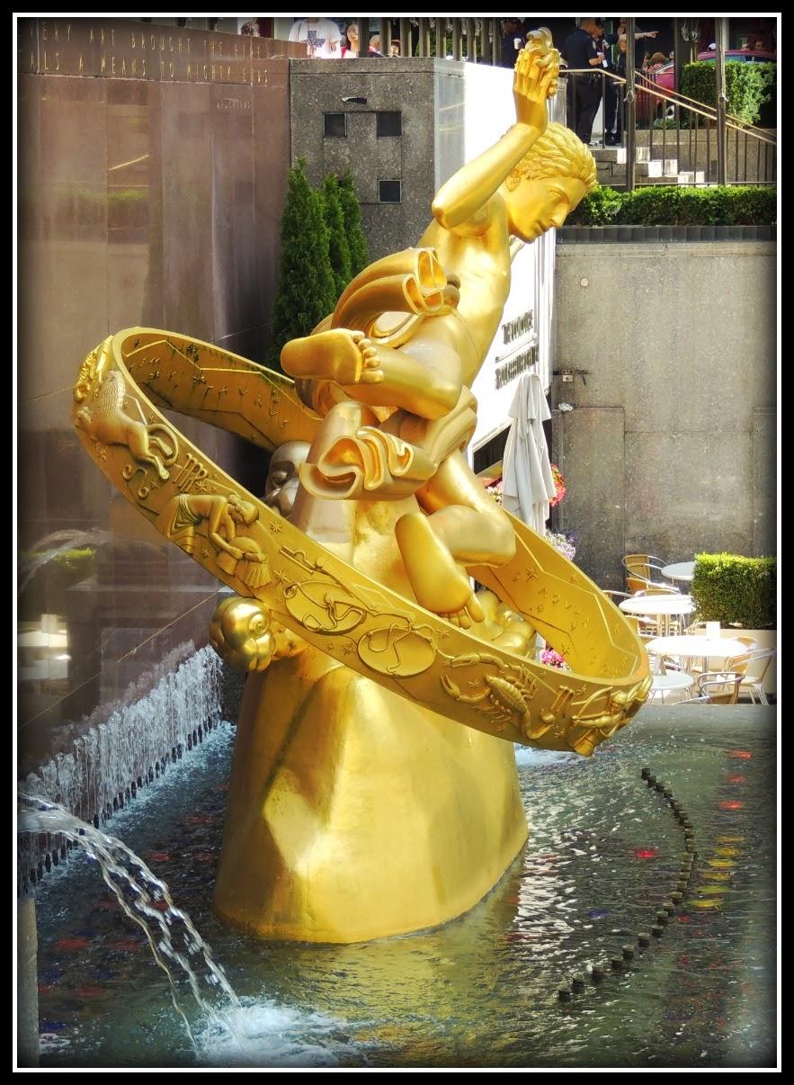 Escultura de Prometeo en el Rockefeller Center