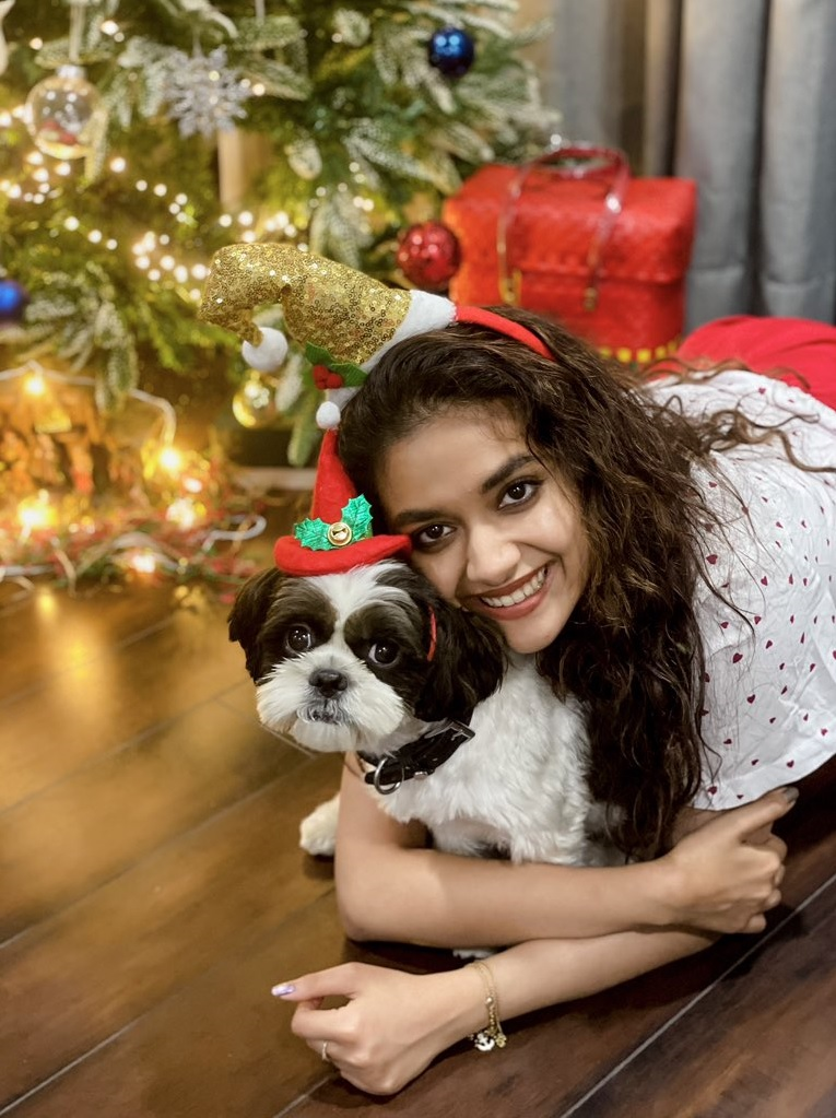 Keerthy Suresh Celebrating Merry Christmas with her Lovely Pet Dog Nyke 1