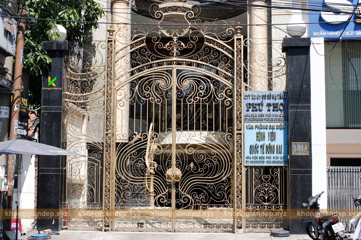 cổng sắt đẹp ở Bình Thạnh