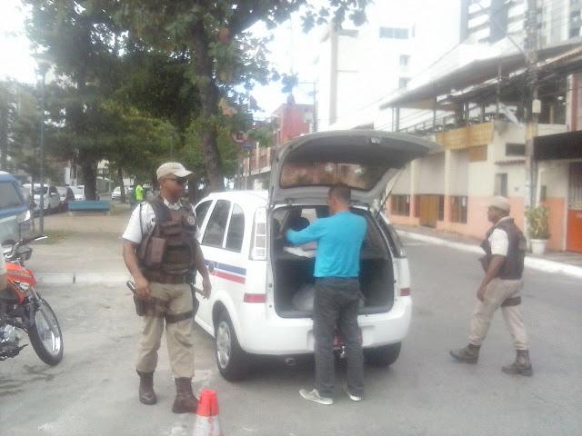 Abordagem policial na Odilon Santos