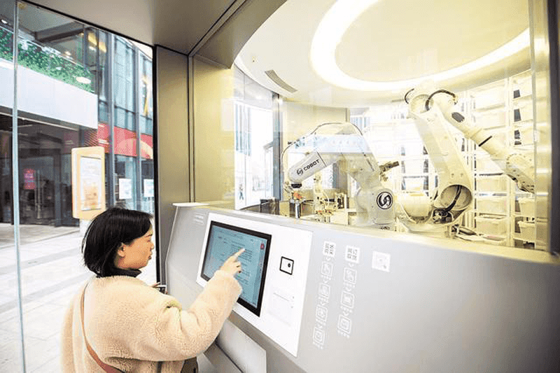 Huawei is first to have a smart store with robots selling electronic products
